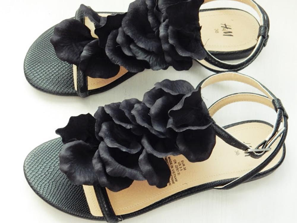 Tuunaa tylsät sandaalit
