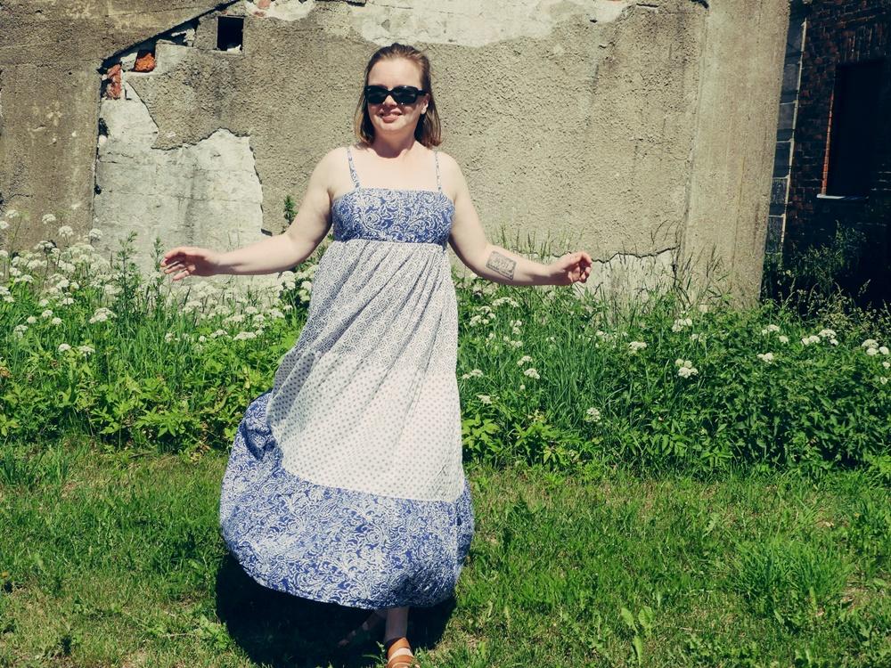 Liian suuri mekko sopivaksi