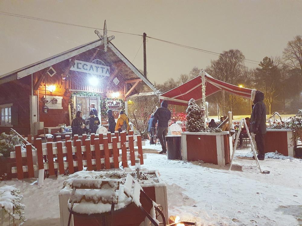 Suloisen sumuinen ilta Helsingissä